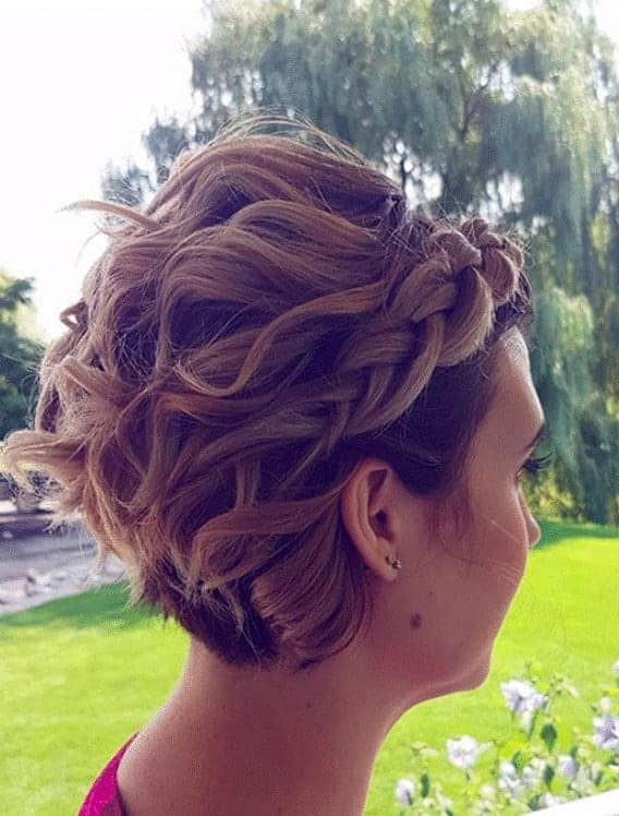 Trend 7 best bridesmaid hairstyles for short hair in 2020 Short Hairstyle For Maid Of Honor Ideas