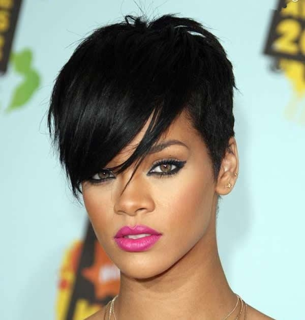 Trend brendonoconnell asymmetry the opposite of length obsessed Rhianna Short Hair Styles Inspirations