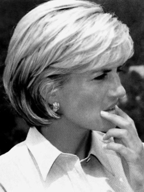 Trend diana in 1997 love her hair if i ever go short this is Princess Diana Haircut Short Inspirations