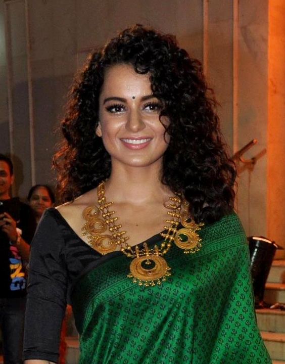 Trend find the perfect hairstyle for saree and be a desi goddess Short Curly Hairstyles For Saree Inspirations