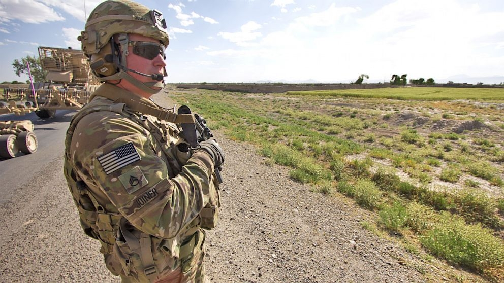 Trend us soldier has survived 7 bomb attacks still serving American Army Man Pictures
