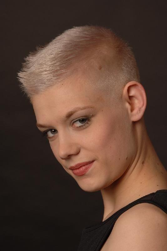 ultra short short hair styles short blonde haircuts Ultra Short Haircuts Ideas