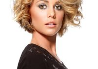 41 flattering short hairstyles for long faces in 2020 Short Haircuts For Wavy Hair Long Face Inspirations