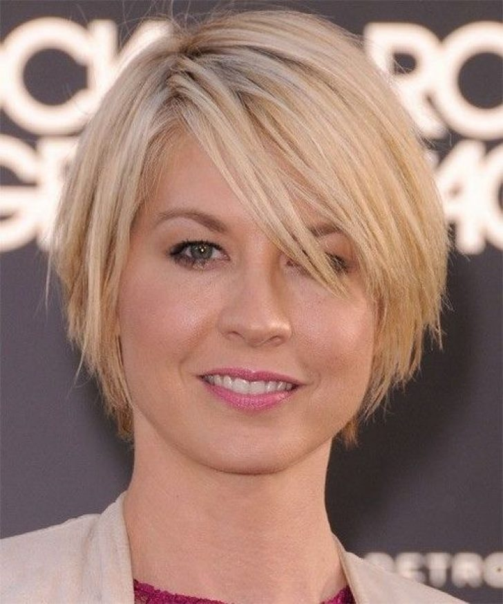 Permalink to 10 Awesome Short Haircut For Thin Hair And Round Face Ideas