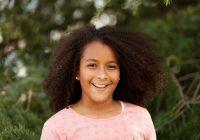 Cozy premium photo cute african american girl in the street American Cute Girls