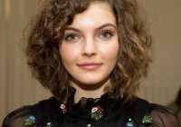 Fresh 20 flattering short hairstyles for round face shapes Short Haircuts For Round Faces And Curly Hair Choices