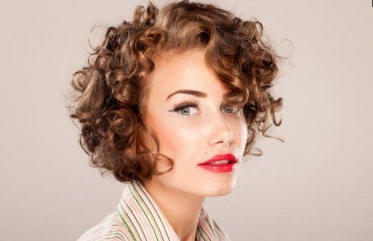 Permalink to 10 Perfect Short Curly Haircuts For Square Faces Gallery