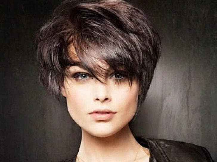 Permalink to 11 Fresh Short Hairstyles For Thick Hair And Long Face Gallery